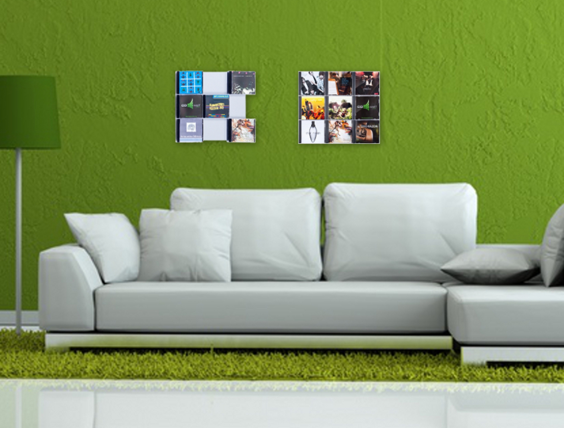 The picture shows our CD Wall3x3 wall mounted in the living room on the sofa